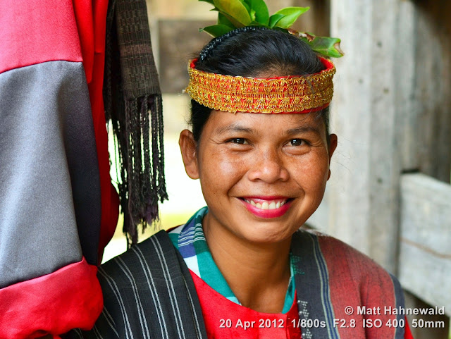 people, portrait, street portrait, headshot, Indonesia, Sumatra, Lake Toba, Samosir Island, Batak women, folk dancer, traditional Batak dance, simanindo