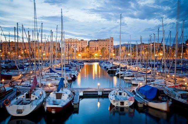 Regiões de Port Vell, Barceloneta e Port Olímpic em Barcelona