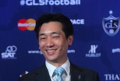 AC Milan đón vị chủ tịch mới Bee Taechaubol.