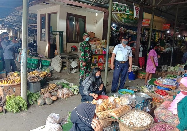 Pasar Harjodaksino Jadi Incaran PPKM Mikro Babinsa Danukusuman