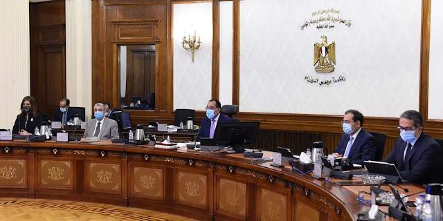 """رئيس الوزراء يشكر جهات الدولة التي شاركت في الاصطفاف الخاص بالمبادرة الرئاسية """"حياة كريمة"""""""