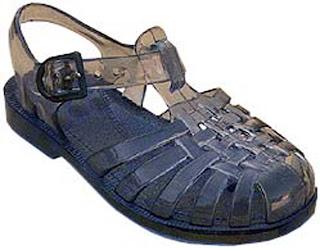 detruire odeur dans sandale