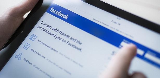 Ketika Istri (Suami) Mengeluhkan Pasangannya di Status Facebook, Sosial media, bijak menggunakan facebook, Bang Syaiha, http://www.bangsyaiha.com/