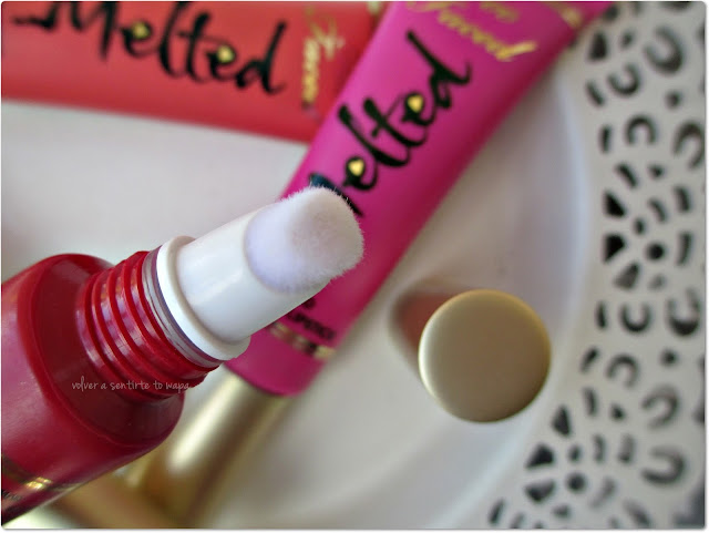 Mis MELTED de TOO FACED: Swatches & Review - RUBY