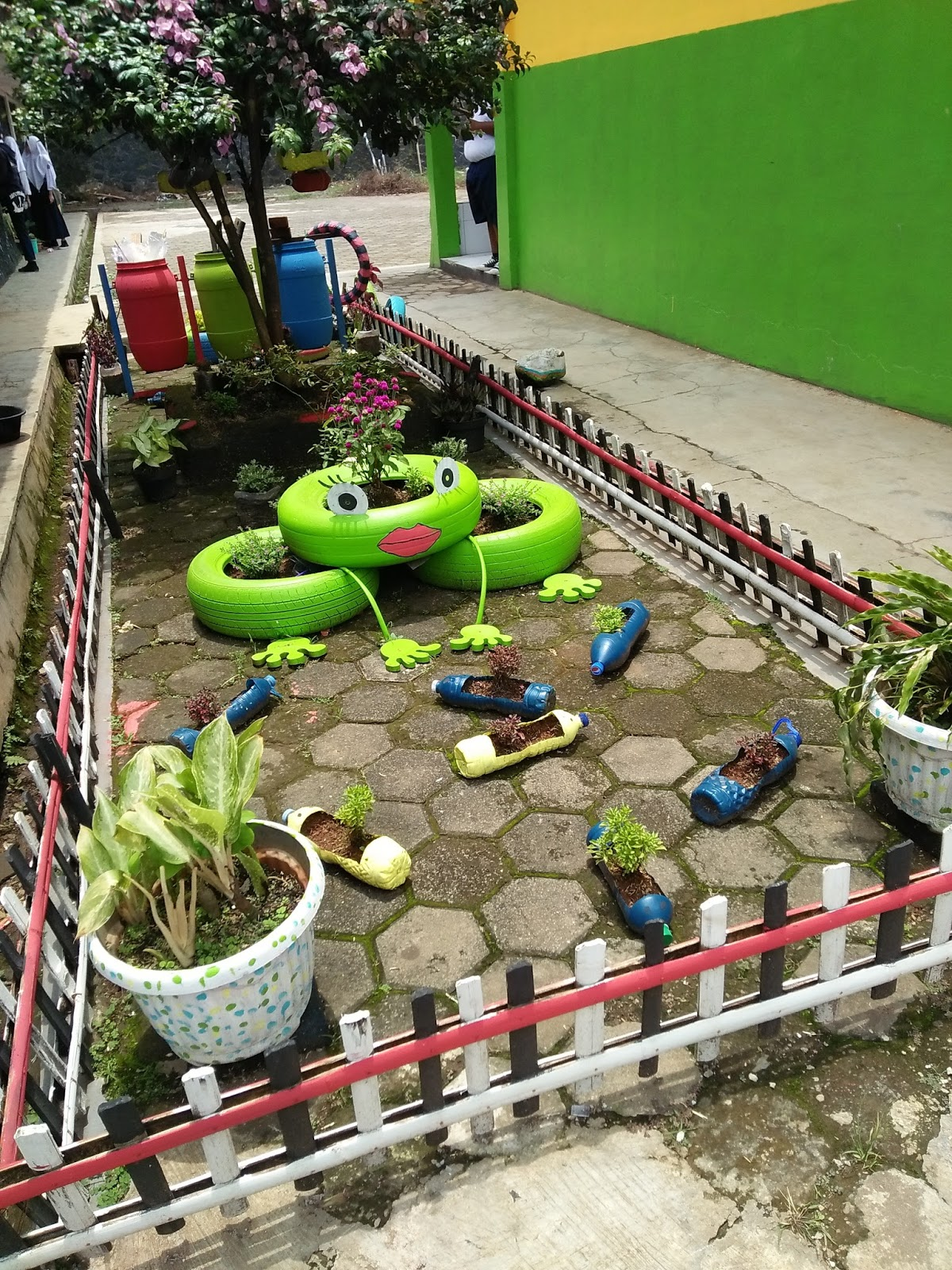 Taman Sekolah Adiwiyata : taman, sekolah, adiwiyata, Contoh, Taman, Sekolah, Adiwiyata, Nusagates