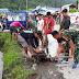 Koramil Wasior melakukan aksi Jumat bersih bersama warga di Pasar Soyar