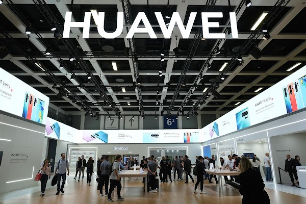 Germany will decide whether to allow Huawei to join in building telecommunications networks