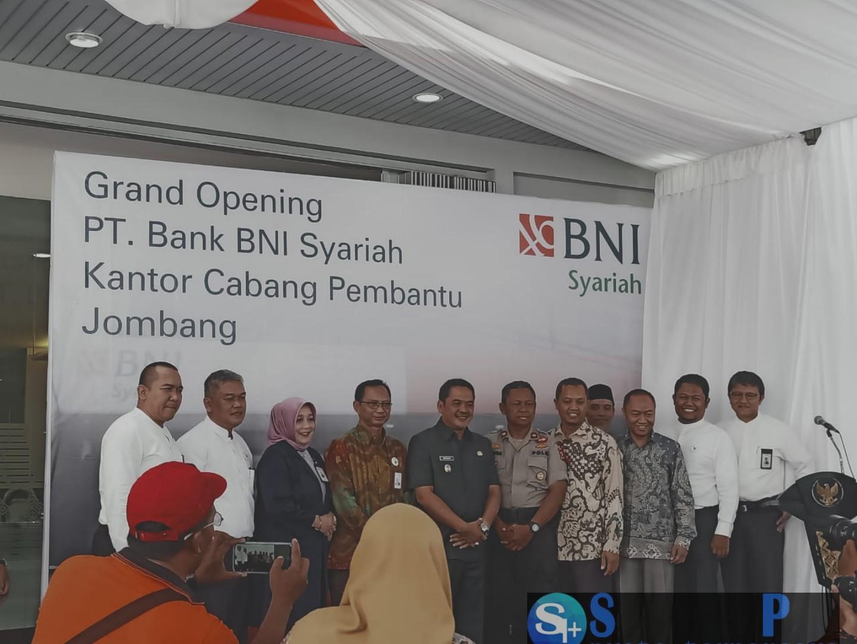 Wakil Bupati Resmikan Kcp Bank Bni Syariah Jombang Sarana Pos
