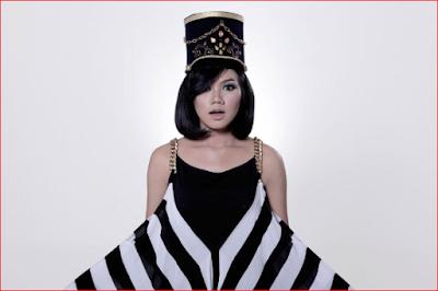 https://www.musikopo.xyz/2019/08/yura-yunita.html