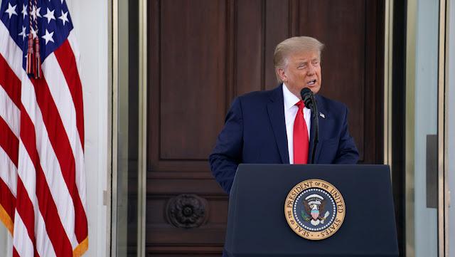 Trump anuncia que prohibirá los contratos federales a las empresas que tengan acuerdos laborales tercerizados con China