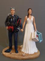 sposi personalizzati matrimonio cake topper sposo fotografo sub sposa borse shopping orme magiche