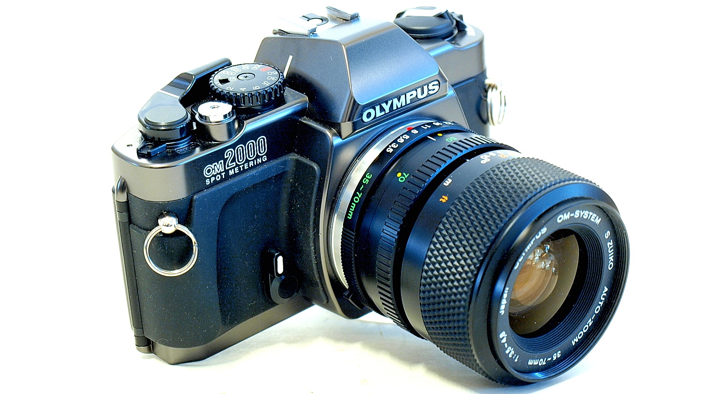 Olympus OM2000 #448, S Zuiko Auto-Zoom 35-70mm 1:3.5~4.8 #891