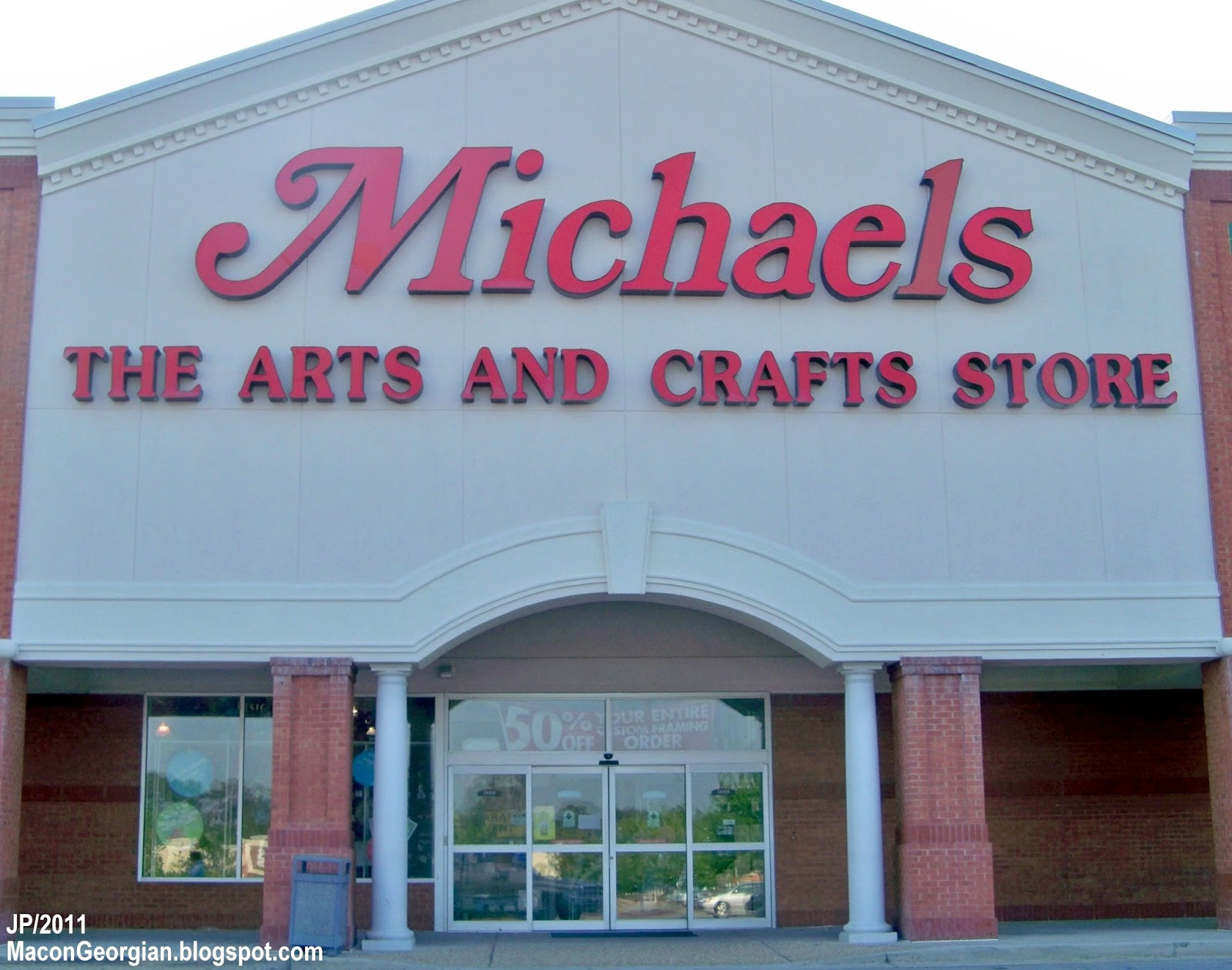 This is a good Michaels location. The things I do not like about this one is the size of the store, kind of small for al the things they have inside and the other thing I do not like is that 8/10(1).