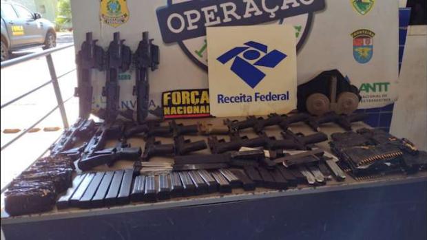 É apreendido diversas armas, munições e carregadores na Ponte da Amizade