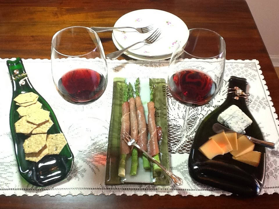 http://chelkay.blogspot.com/2014/04/entertain-with-wine-and-cheese-in-spring.html