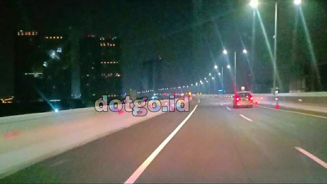 Ke jakarta lebih cepat dengan tol layang Jakarta Cikampek