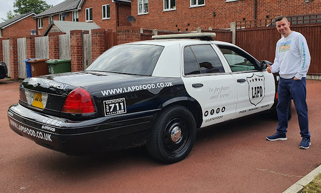 LAPD Food's Delivery Police Car