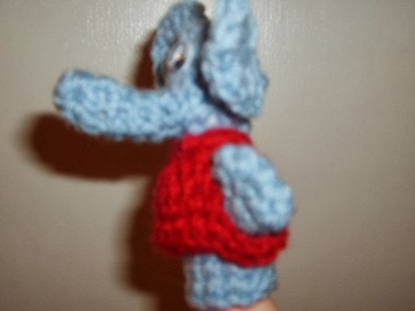 Ravelry: Goofy Elephant Finger Puppet pattern by Whispered Whimsy | 453x604