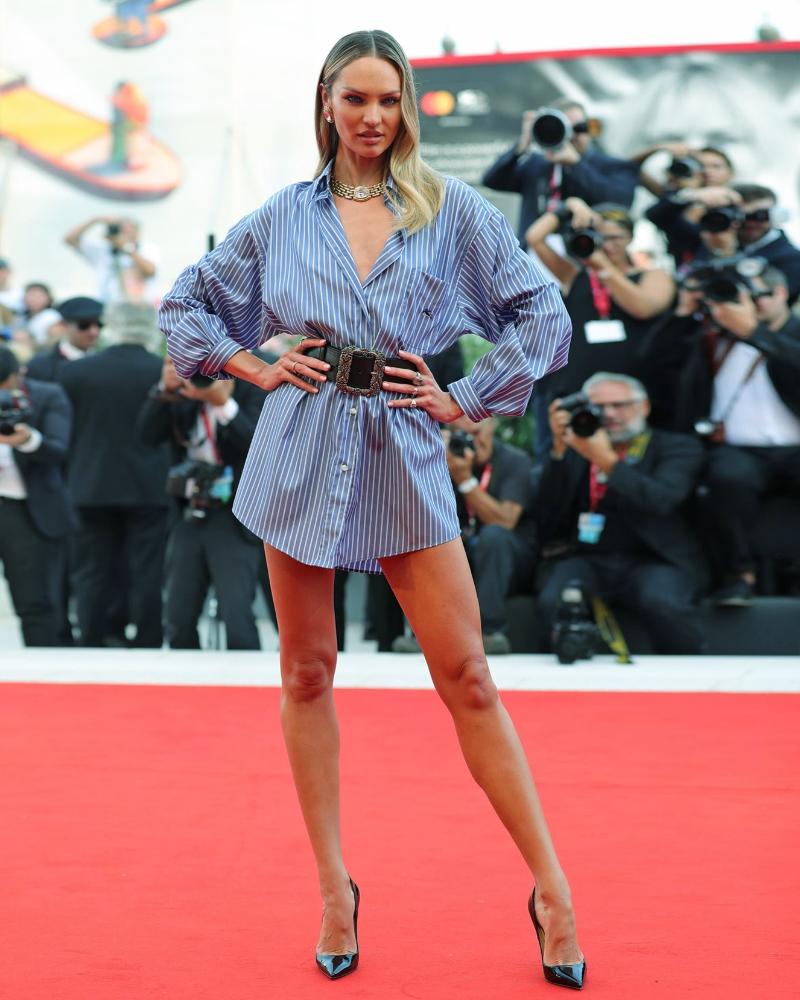 Model Seksi Afrika Candice Swanepoel cewek seksi manis paha mulus