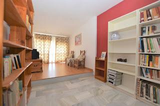 Se vende casa adosada de 5 habitaciones en Espartinas