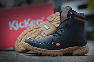 Sepatu Kickers Boots Tooth Black