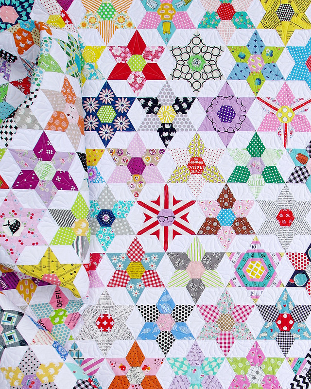 Red Pepper Quilts  The Daisy Chain Quilt   An English Paper