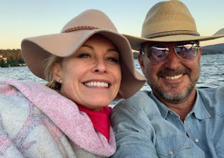 Thomas Doig clicking selfie with Josie Bissett