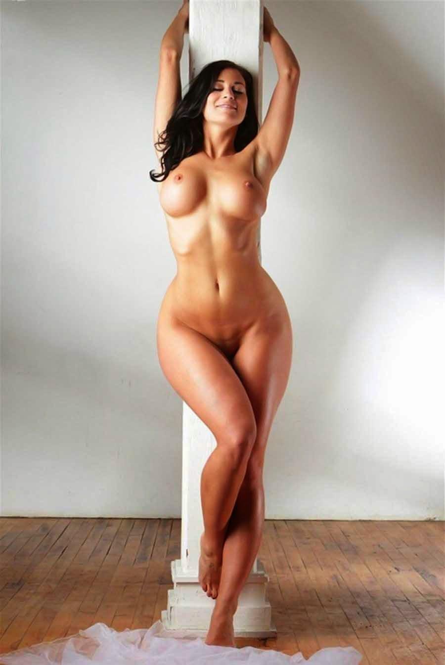 Voluptuous Nude Girls Non-Asian  Gravuregirlz-7886