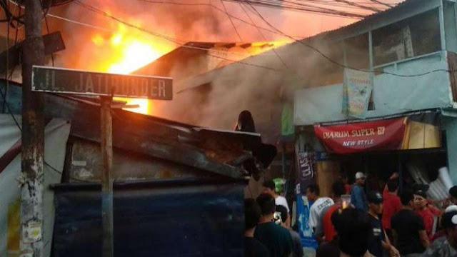 Kebakaran di Tanah Abang, Aparat Kerahkan 28 Unit Damkar