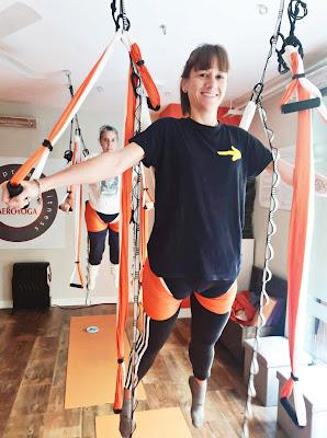 formación yoga aéreo, aerial yoga teacher training, yoga acrobático, acroyoga, aeroyoga, aeropilates, pilates aéreo, cursos pilates aéreo, cursos yoga aéreo