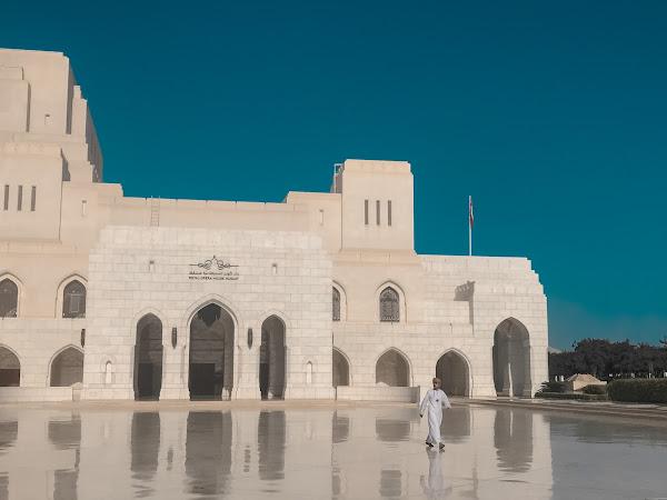 Pengalaman 18 Jam Singgah di Muscat, Oman
