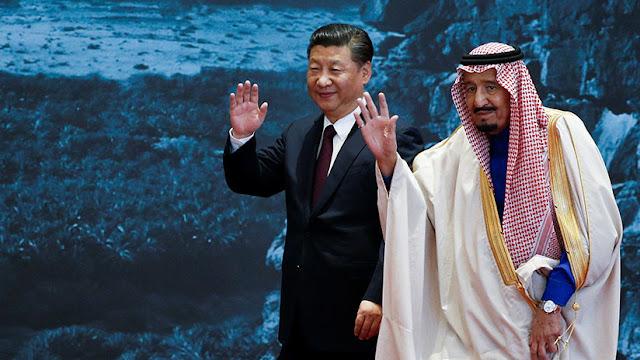 China puede asestar un golpe al dólar al obligar a Arabia Saudita a aceptar yuanes por el petróleo