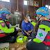 ป่อเต็กตึ๊ง โดยทีมบรรเทาสาธารณภัย จัดทีมกู้ชีพ ตรวจสุขภาพ แจกอาหารและน้ำดื่ม ช่วยน้ำท่วม จ.สุโขทัย