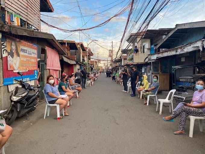 Door-to-door ayuda, ginawa sa Biñan, Laguna