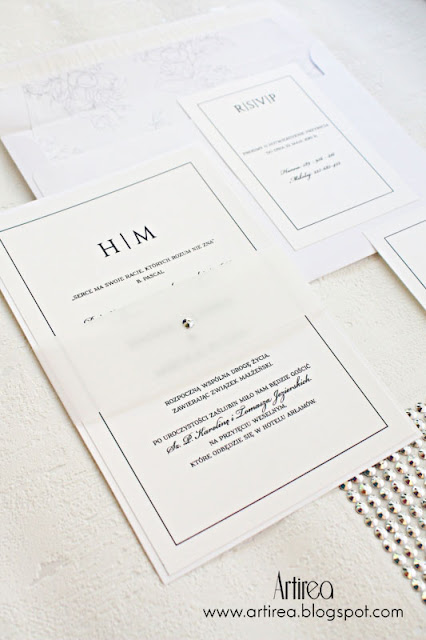 eleganckie nowoczesne minimalistyczne biale srebrne czarne zaproszenia slubne