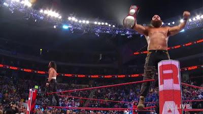 WWE Seth Rollins Braun Strowman
