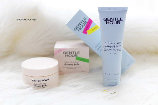 DOUBLE CLEANSING WITH GENTLE HOUR