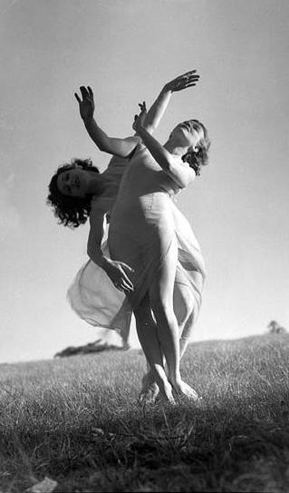 Ballet Shoes Noel Streatfeild A Midsummer S Night Dream