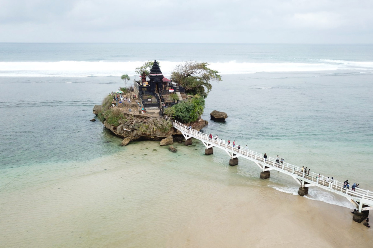 Lokasi Hunting Foto Landscape Tanah Rot Pantai Balai Kambang