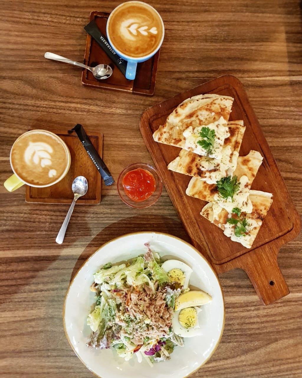 Enam Coffee Shop Keren di Semarang - RAHMA_MOCCA
