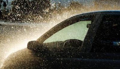 Ternyata, Inilah Kerusakan yang Bisa Terjadi pada Mobil karena Air Hujan!