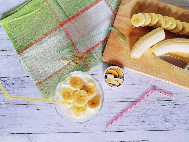 50. Rozsmakuj się w owocach... Sweet Banana Classic Candle