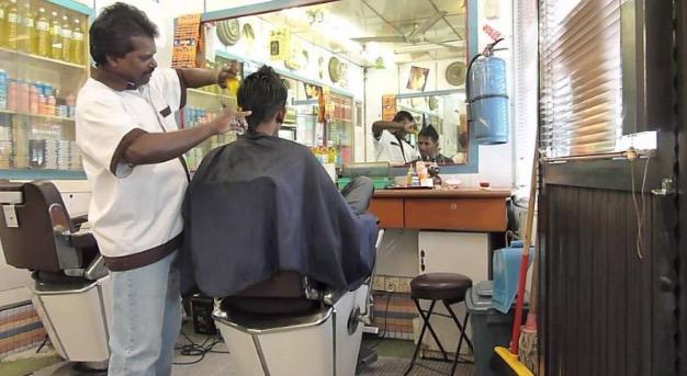 Pesanan Buat Anda Yang Selalu Gunting Rambut Di Kedai Mamak