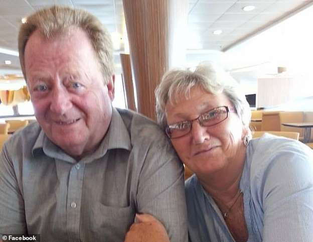 #Crime : Retired couple found with cocaine worth £1m in their cruise luggage !