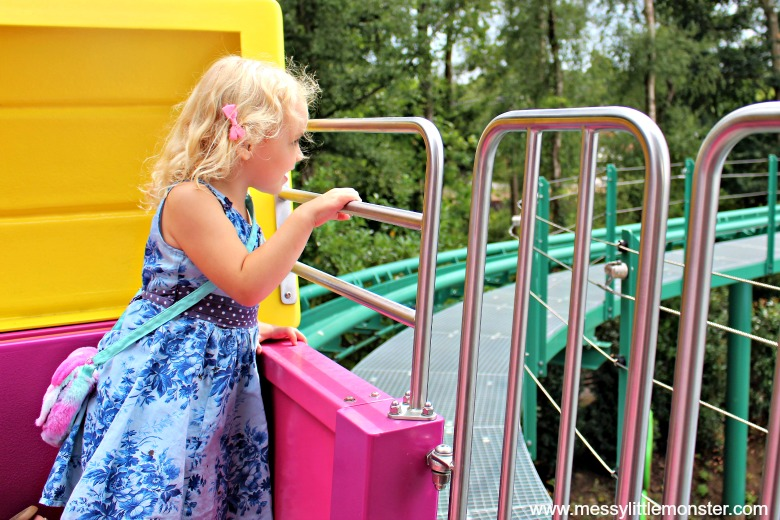 rides at peppa pig world