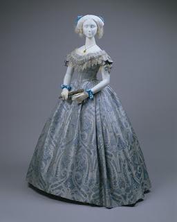 Бальные платья пушкинских