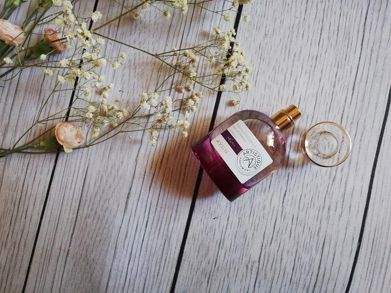 Avon Artistique Iris Fetiche woda perfumowana