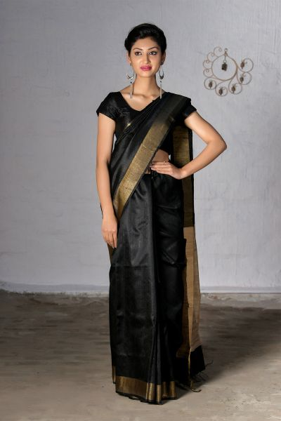 5 shades of black! Black Sarees that let you rule the world!