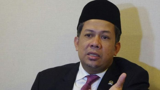 Ketua MK 2 Kali Kena Sanksi Etik, 54 Guru Besar Minta Mundur, Fahri Hamzah Komentar Pedas Bilang Ada Kelompok Proksi dan Liar