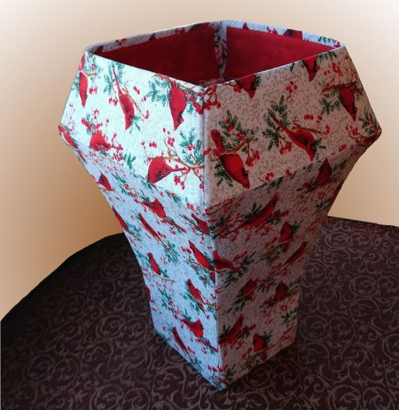 Voilà Vase by eSheep Designs; crafted by Mary Ann (SewMe Creations)